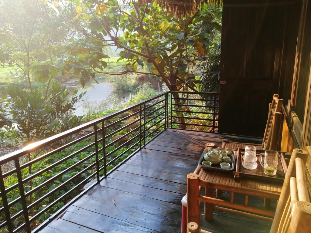 mai chau farmstay bungalow view