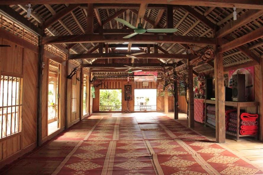 Nhà Sàn ở Bản Lác Mai Châu giá rẻ ,sạch ,đẹp